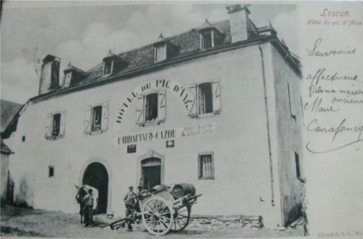 https://hebergement-picdanie.fr/images/Accueil/façade.jpg